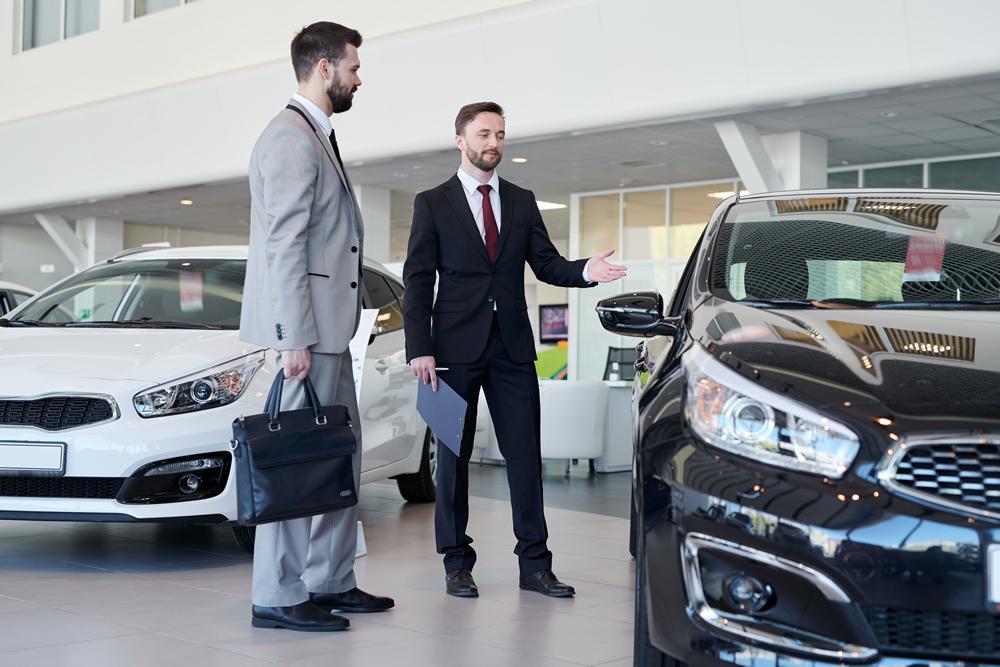 Novos hábitos mudam o comércio de veículos - CNF